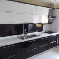 Siyah-Beyaz-Mutfak-Modelleri-1